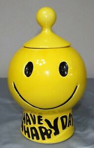 MCM Vtg McCoy Yellow Have A Happy Day SMILEY FACE Cookie Jar #235 Lid Damaged
