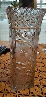"""VINTAGE ♡ OLD HEAVY GLASS ♡ FLOWER VASE ♡ 10"""" TALL ♢ BEAUTIFUL OLD PIECE"""