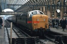 PHOTO  DELTIC  55 015 TULYAR AT PLATFORM 5 - KING'S CROSS ONLY 18 YEARS AFTER ST