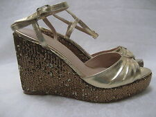 IMAN GOLD SEQUIN WEDGE OPEN TOE SHOES SIZE 8 1/2 W - NEW