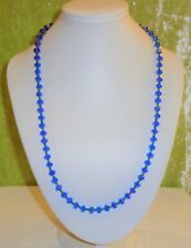NECKLACE WITH BLUE CRYSTAL BEADS