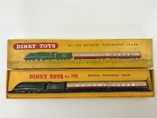 DINKY TOYS EXPRESS PASSENGER TRAIN  MADE IN ENGLAND 1/43  Nº 798 IN BOX