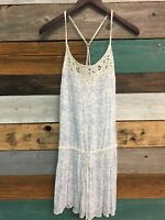 Womens AMERICAN EAGLE Blue And White Floral dress, sz 8