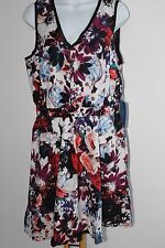 Simply Vera Wang Floral Dress Women's Size M Medium NWT NEW