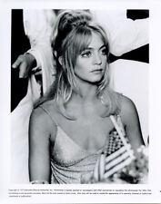 Goldie Hawn original 1975 8x10 photograoh in sexy low cut dress Shampoo