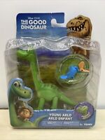NEW TOMY DISNEY THE GOOD DINOSAUR YOUNG ARLO ACTION FIGURE WITH CRITTER! B21