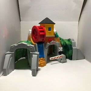 Geotrax Waterfall Tunnel No Light But Sound Works B45
