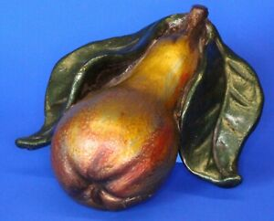 Vintage Pottery pear with leaves, wall hanging ornament **[17298]