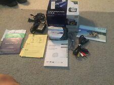 Sony Handycam DCR-DVD108 DVD Camcorder Kit
