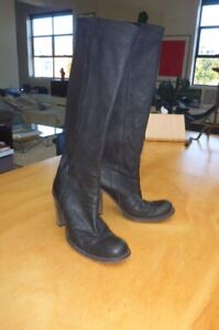 midas  soft black sz 40.5 heeled boots  classics