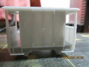 009 Double Ended Brake Luggage Van With Horizontal Planked Doors 6ft Wheelbase