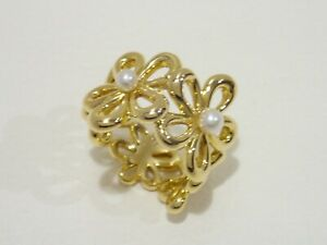 MIKIMOTO 18k yellow gold Flower band ring with akoya pearls size 6.5