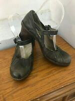El Naturalista Olive Green Mary Jane Leather Heels ~ Size 38/8