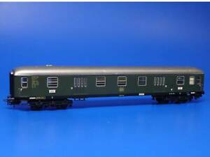 MARKLIN H0 - 4026 - DB Express Train Baggage Car / Version 3: 1967-99 /(00)