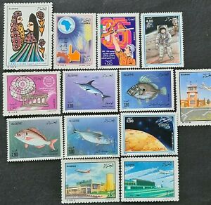 STAMPS ALGERIA 1988/1989 VARIOUS MINT HINGED - #5777