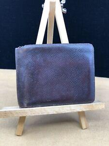 LV1306 LOUIS VUITTON Burgundy Taiga Leather Bifold Multiple Wallet