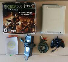 Console Xbox 360 Premium 60 Go Edition Gears of War 2 en boîte avec une manette