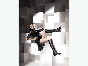 """Stuart Weitzman """"Molten"""" Boots New Never Worn Womans 8.5 M $695"""
