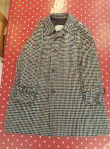 Vintage Aquascutum mens grey check pure wool overcoat 42 Reg EXCELLENT COND.