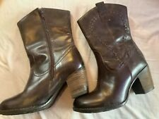 ladies Hush Puppies calf length boots size 6