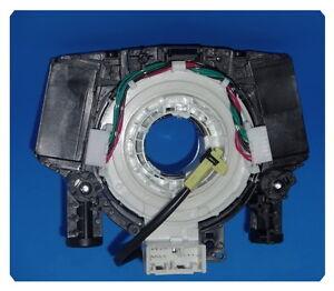 25567-EB301 Spiral Cable Clock Spring Airbag For Nissan Navara Pathfinder 05-13