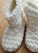 Ladies Cream Fleece Slipper Boots Size 7-8 Booties Slipper Brand New no box