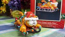 Enesco Garfield ornament Here Comes Santa Paws 1991