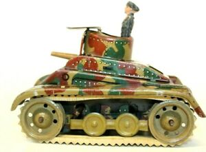 VINTAGE PRE-WAR HAUSSER? SMALL TIN LITHOGRAPHED TANK (STUG) W/ COMMANDER