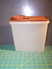 Tupperware Store & Pour Cereal Container Sheer with Brown Lid 13 Cup #469