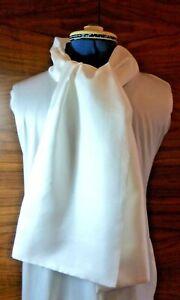 100% silk men's cravat/scarf/ascot  No fringe double thickness (1)  NEW