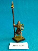 Vampire Counts - Armored Skeleton Standard Bearer - Metal WF604