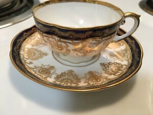 Aynsley bone china tea cup and saucer   Gorgeous