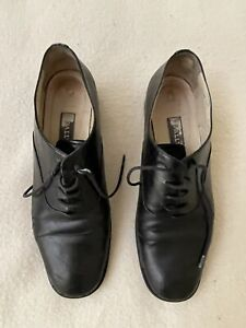 Bally black flat lace up work shoes size 40