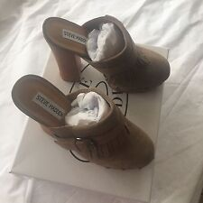 Brand New Steve Madden Helgga Taupe Suede Mule Clogs With Fringe So 8m