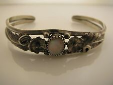 925 Sterling Silver Bracelet with Mother of Pearl Stone