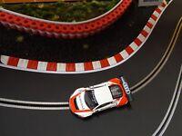 RAS Reifenstapel für Autorennbahnen 1:32 - 1:24 ROT-WEISS - 25 cm Tyre Wall
