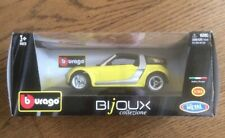 Diecast . Smart roadster coupe  . 1:24 Scale .