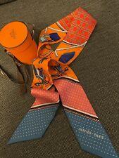 Original! HERMES Silk Twilly Seide Orange Blau Top! OVP