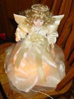 Kurt S. Adler : Vintage Christmas : 10 Light TREETOP ANGEL - Porcelain Taiwan