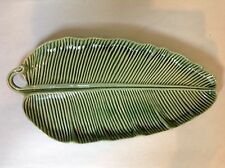 """BEAUTIFUL 15.5"""" x 8"""" GREEN LEAF OVAL SERVING PLATE BY WORLD MARKET (PORTUGAL)"""