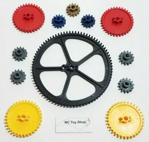 """KNEX 12 Gears Lot Large 5"""" Black Crown, 2.25"""" Medium Red Yellow Small Blue Gold"""