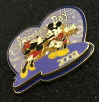 Disney Sweetest Day 2002 Mickey And Minnie Mouse Pin - Heart