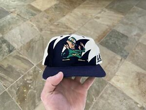 Vintage Notre Dame Fighting Irish Logo Athletic Sharktooth Snapback College Hat