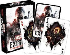 Marvel Extreme jugando a las cartas