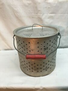 Vintage Floating Aluminum  Minnow Bucket Fresh Water Fishing Wood Red Handle