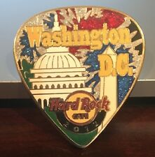 HARD ROCK CAFE WASHINGTON DC POSTCARD GUITAR PICK SERIES PIN