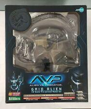 Alien Vs Predator 1/6 GRID ALIEN Pre-painted Model Kit Artfx New Sealed