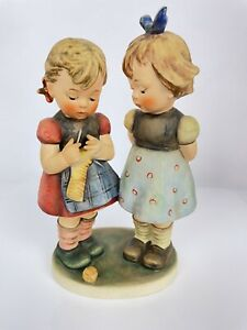 "Goebel Hummel Figurine Knitting Lesson HUM 256 TMK4 7 1/4"" Tall"