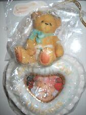 Cherished Teddy / Teddies Bildaufhänger Baby Weihnachten