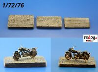 Redog 1/72  3x small display  bases for military motorcycles   /d7